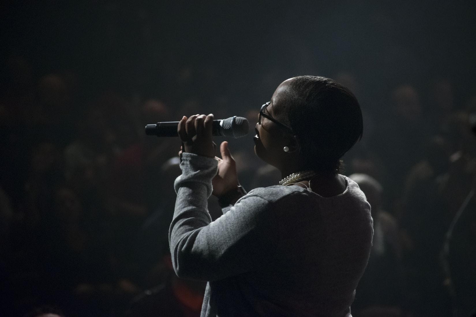singing_praise